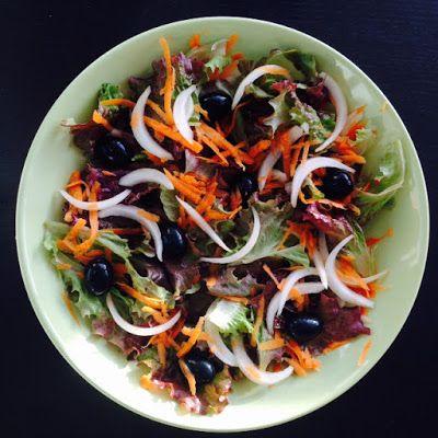VIDA FELIZ: na Horta: Receitas das Colheitas: Salada Simples de ALFACE FRISADA ROXA com Cenoura