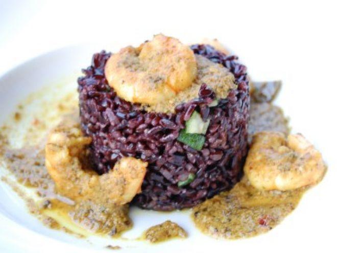 Ricetta Portata principale : Riso venere con gamberi e curry da Cookingwithmarica
