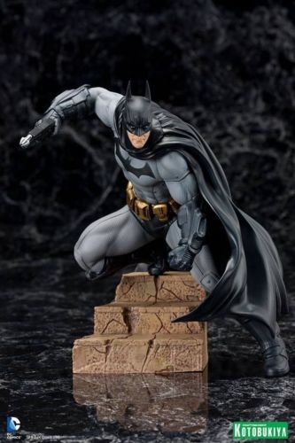 NEW AUCTION starts at US $ 7.60 / CAD $ 9.99. Batman Arkham City Version DC Kotobukiya ArtFx Statue BRAND NEW
