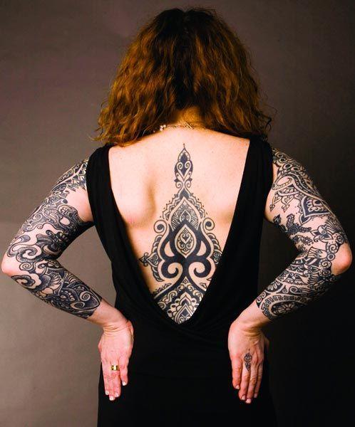 Oggi dire tatuaggio è un po' come dire moda, o quantomeno tendenza. Ma non sempre è stato così, soprattutto se