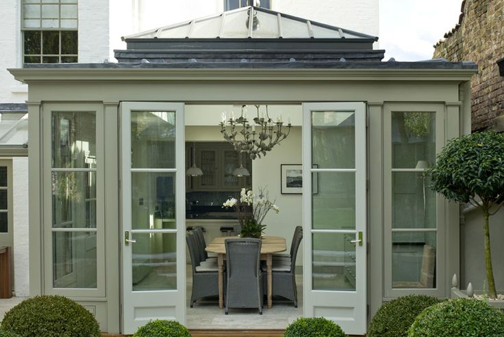 classic contemporary conservatory dining space | Thameside Residence
