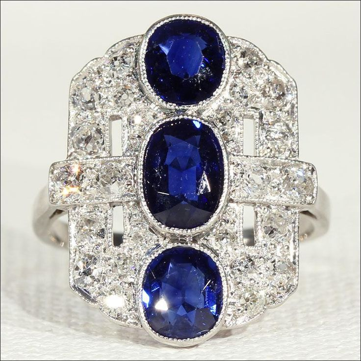 Vintage Art Deco Sapphire and Diamond Ring Trilogy in Platinum and White Gold