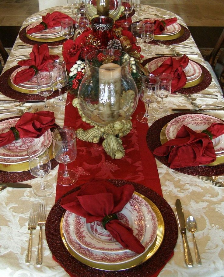 Dining Interior Design Ideas Awesome Christmas Table Decoration With White Candle On The Round Glass Holder Wonderful