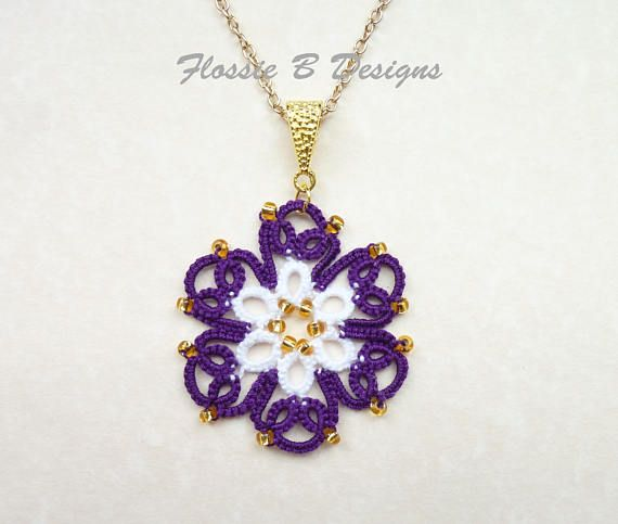 Purple spring flower tatted necklace, boho jewellery, lace pendant, summer jewellery, flower pendant, birthday gift, gift for her