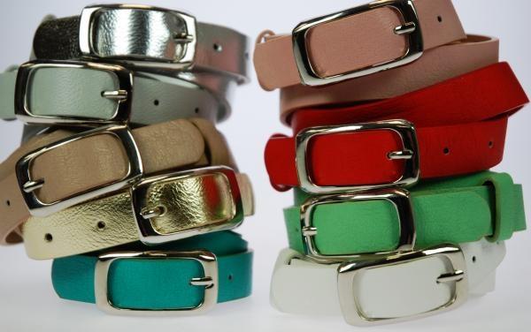 Ancho: 3 cm. Lote de 12 cinturones, HEBILLA CUADRADA, surtidos de colores y tallas. . Composición: PU
