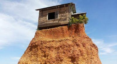 PERGIPEDIA  - Wisata Unik Rumah Jomblo Yang Menarik Perhatian Di Kalimantan Selatan . Ada sebuah ...