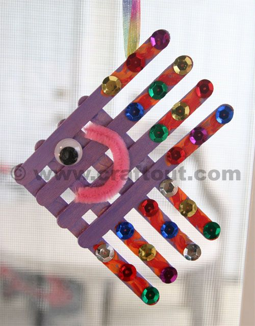 Fish Sun Catcher Craft sticks fish suncatchers
