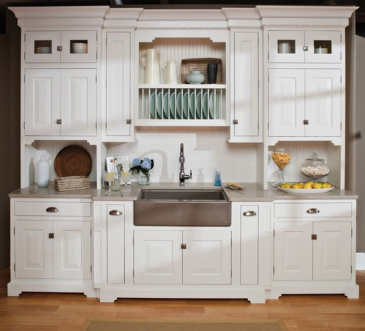 Cottage styled kitchen with Dura Supreme cabinetry, Bella style door in White finish