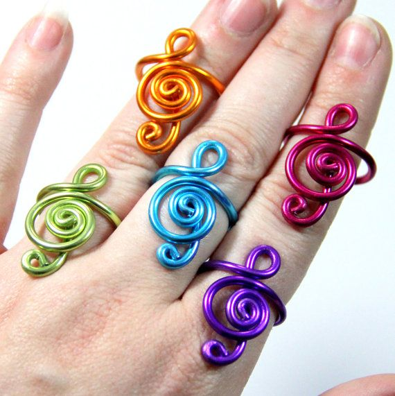 Twisted Spirals Bracelet                                                                                                                                                                                 Plus