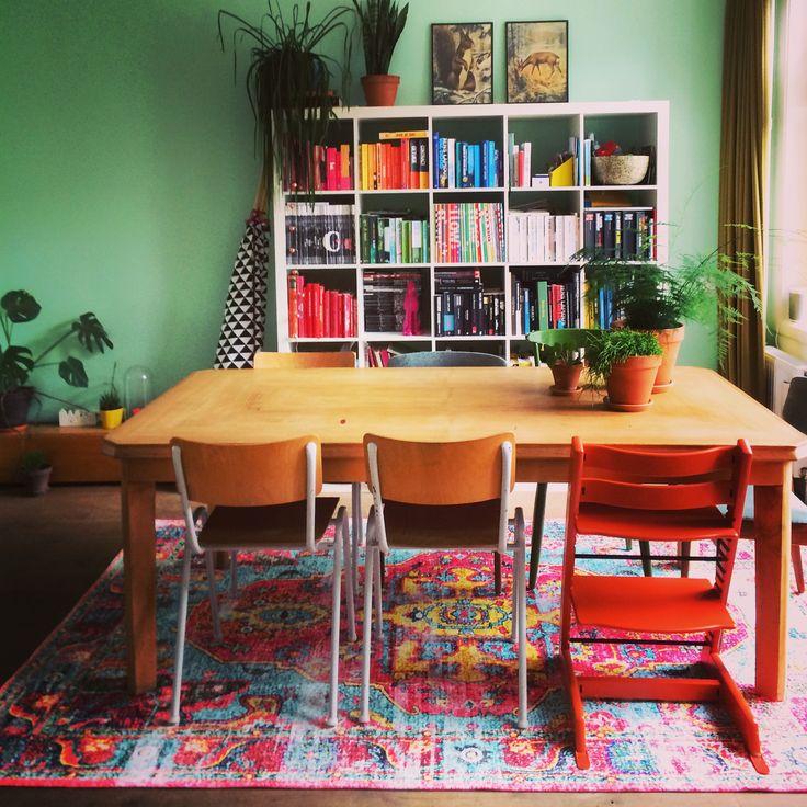 Rozenkelim (replica) kleurrijk colorful livingroom