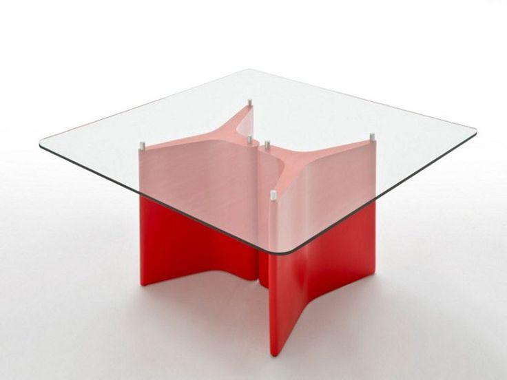 TEE 桌子 by Segis 设计师Bartoli Design