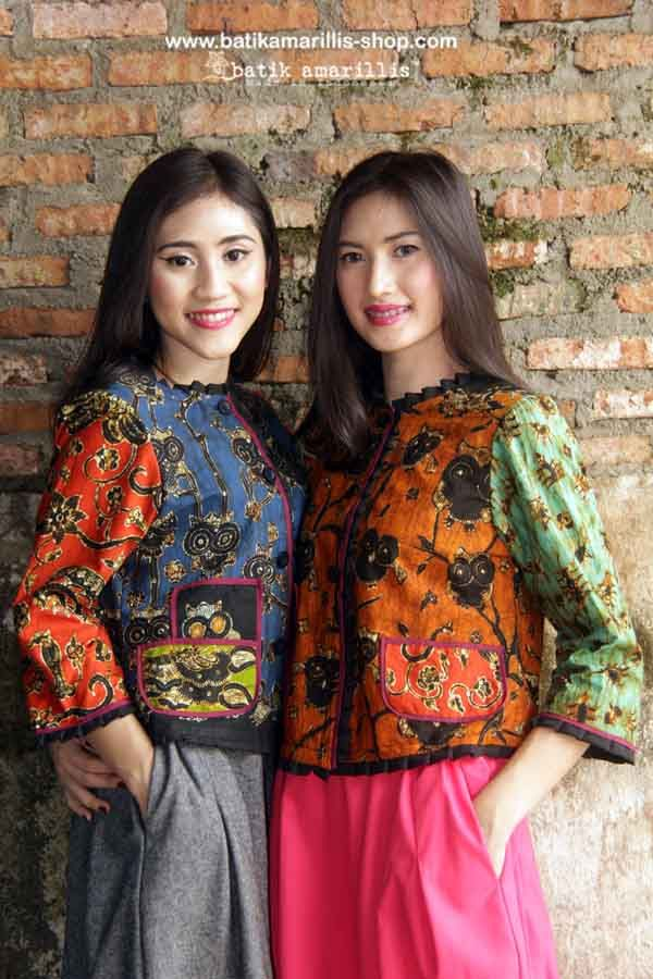 batik amarillis's parisian walkways jacket www.batikamarillis-shop.com ..add polish to your tailored wardrobe! such fitted and chic jacket with quirky twist! accented with panelled detailing & contrast trims plus 3 quirky pockets! in such lovely batik wonogiren  of Indonesia