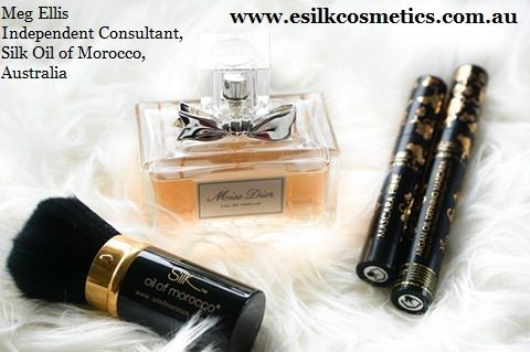 Some of my Favourite things. Silk Oil of Morocco. Treat your #hair & #skin.  http://www.esilkcosmetics.com  #Australia #mua