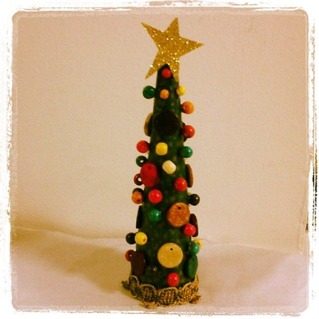 diy christas tree with beads <3
