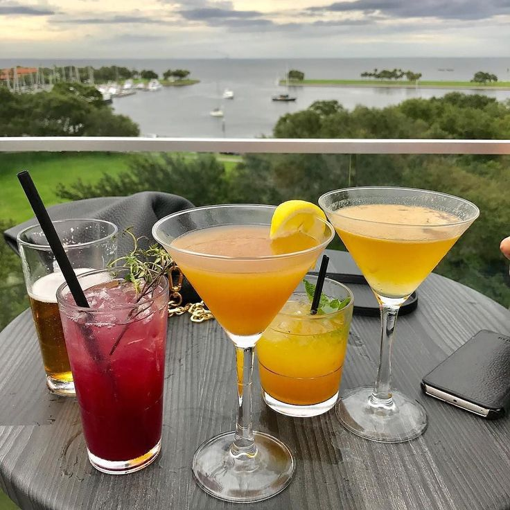 The Canopy Rooftop Bar | St. Petersburg FL | Boutique Hotel Fine Dining Restaurant & Rooftop Lounge | Did someone say #HappyHour?   IG wanderwoman04