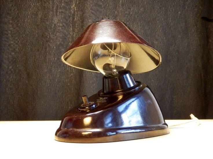 Midcentury Art Deco Bakelite night Lamp Type 11641 - wall / table light by E. Cole