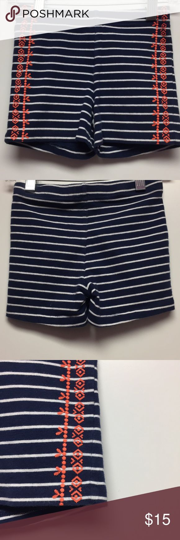 Crew Cuts 6 striped shorts j.crew Really cute striped shorts with orange detailing on the side by Crew Cuts and size 6. Consigned to my boutique no trades. J. Crew Bottoms Shorts