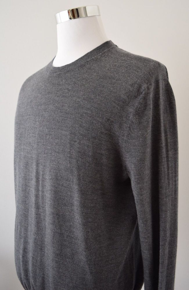 Banana Republic Men's Merino Wool Gray Crew Neck Sweater Solid L/Sleeve Size L #BananaRepublic #Crewneck