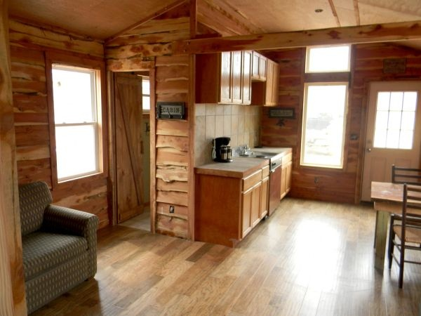 Lake of the Ozarks cabin - $155 a night