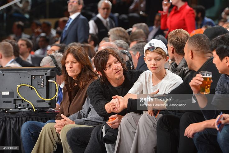 Actor Norman Reedus takes in the game of the Chicago Bulls against... News Photo   Getty Images