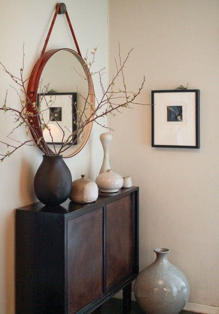 Simple yet striking hallway console.: Vase, Decor Ideas, Round Mirror, Hallways, Consoles Tables, Small Spaces, Photo Galleries, Interiors Decor, Brad Ford