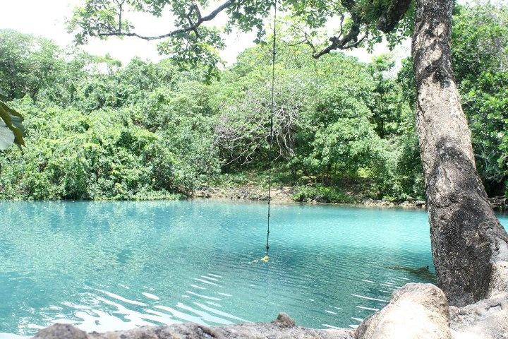 Visit Blue Lagoon, Vanuatu ... get special discounts in http://surething.com.au/vanuatu.shtml