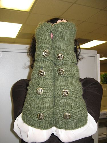 Patterns For Knitted Dog Coats : 17 Best images about Steampunk Knitwear on Pinterest Victorian steampunk, F...