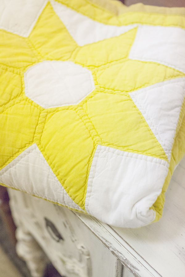 sunshine quilt - I have this pattern Quilt my Grandmother made with different multi-colored fabrics, a real treasure.