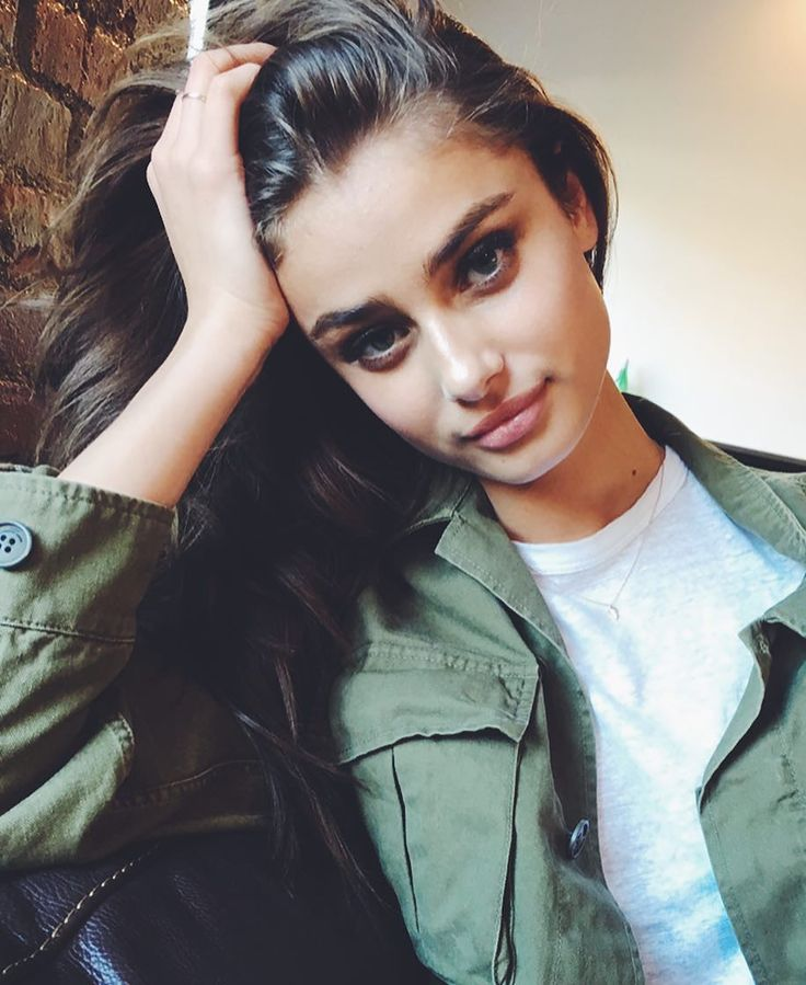 Taylor Marie Hill:: hey I'm Ashlyn. I'm a sub and I need a daddy. I'm 19 and I work as a photographer. I like to play. A lot.