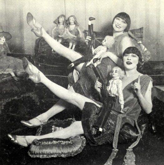 The Dolly Sisters, les jumelles Rosika (Rose) et Jansci (Jenny)