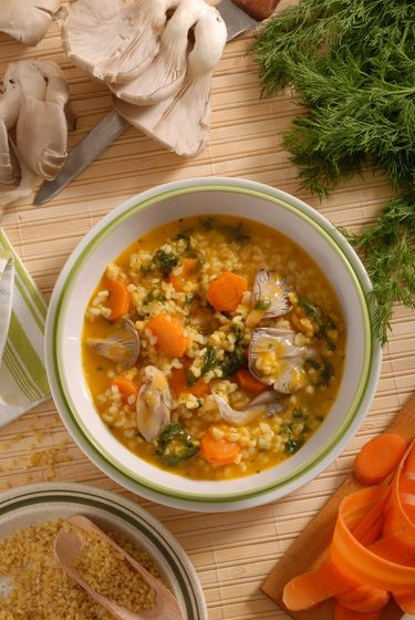 Zeleninovo-hlivová polievka s bulgurom