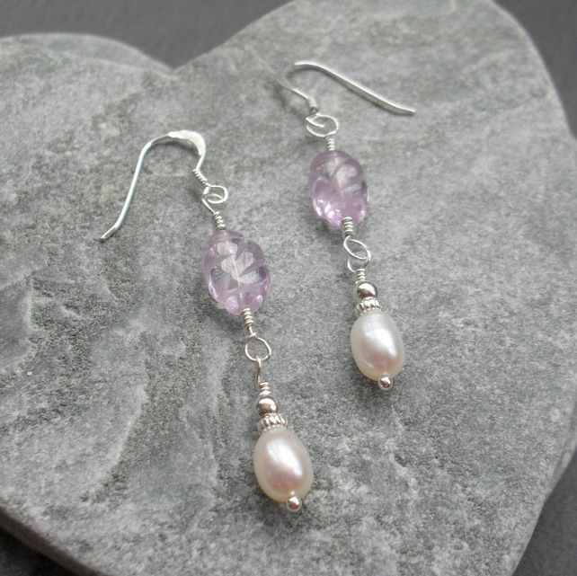 Jewelry purple floral Made on a 925 silver base. Leverback earrings lilac flowers
