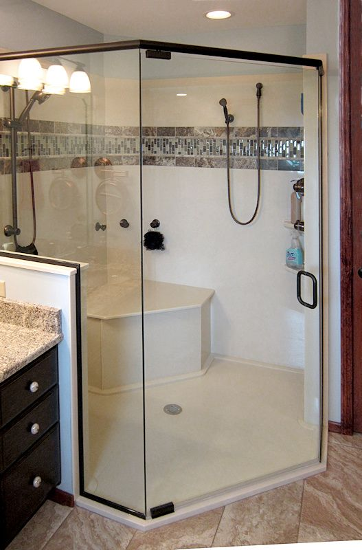 onyx shower with custom seat