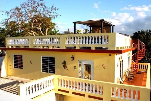 Tiny House In Puerto Rico Would Be So Nice To Have A