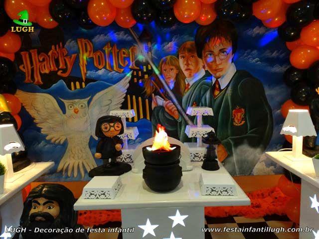 Decoração de festa Harry Potter provençal simples - detalhes da mesa temática imagem 03