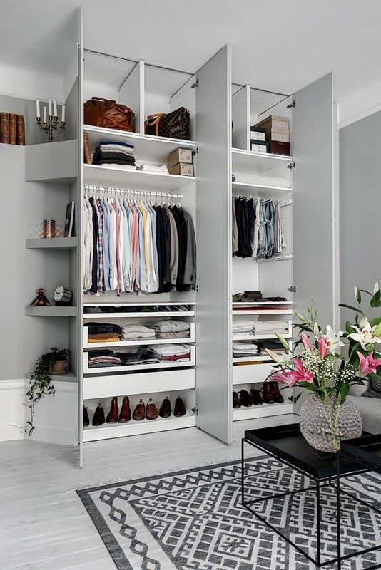 The Perfect Wardrobe Ok For A Man But You Get Idea Love Angled Skirting Board And Shelving