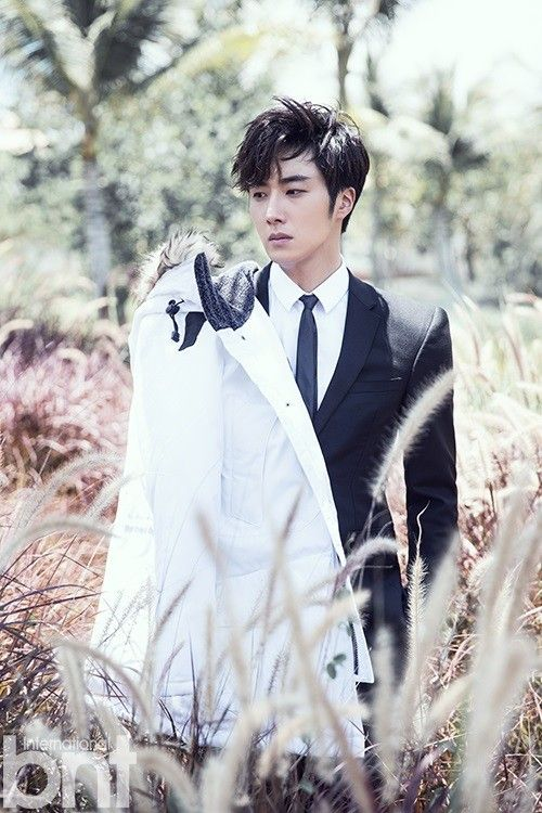 Jung Il Woo goes to Bali for pictorial with 'International bnt'   allkpop.com