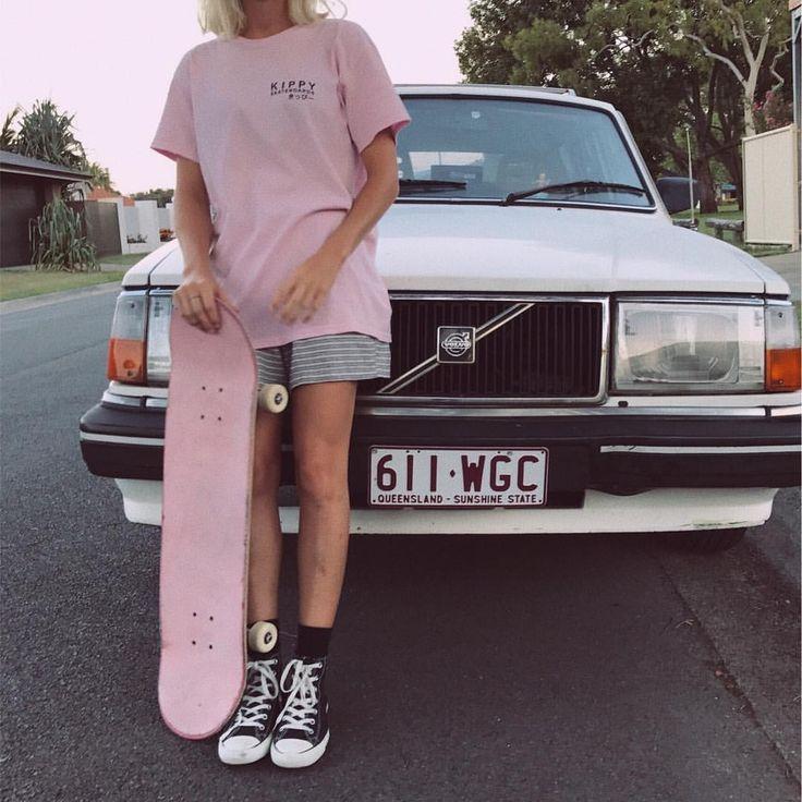 1,967 отметок «Нравится», 32 комментариев — KIPPY SKATEBOARDS (@kippyskateboards) в Instagram: «Pink always xoxo opening our shop very soon»