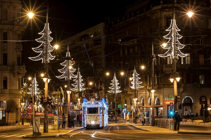 Budapest | Christmas Tram. view on Fb https://www.facebook.com/BudapestPocketGuide  credit: BKK #budapest
