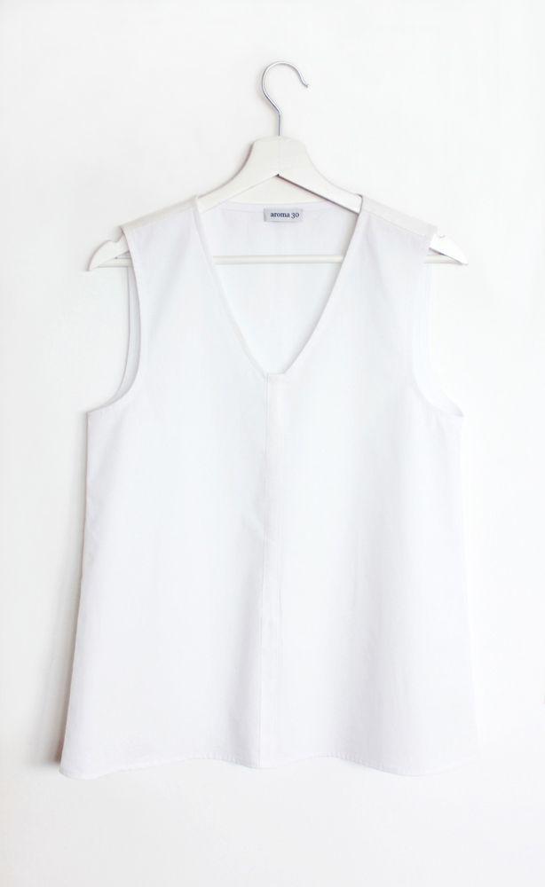 Cotton and linen sleeveless top
