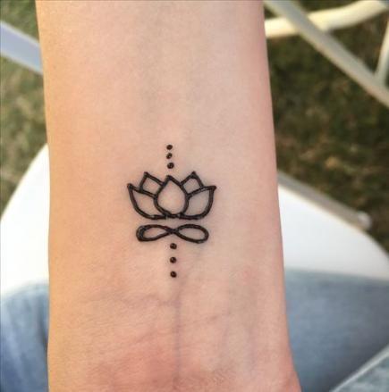 40+ Ideas Tattoo Lotus Simple Henna Designs