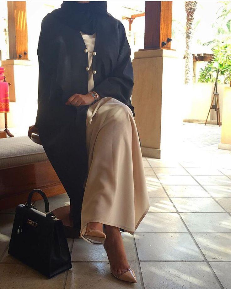 IG: Cuvier.KSA || Modern Abaya Fashion || IG: Beautiifulinblack
