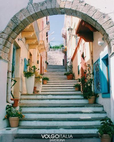 Sardegna: #Carloforte. #Isola di #San Pietro Foto di @nicoleo_... (volgo_sardegna) (link: http://ift.tt/2b9DMuk )