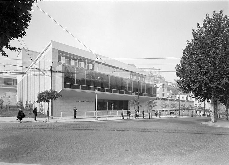 Teatro Gil Vicente, Coimbra, Portugal   by Biblioteca de Arte-Fundação Calouste Gulbenkian
