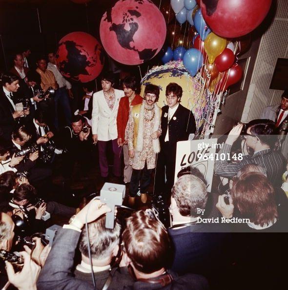 George Harrison with Linda McCartney | News Photo: Paul McCartney George Harrison Ringo Starr and John…