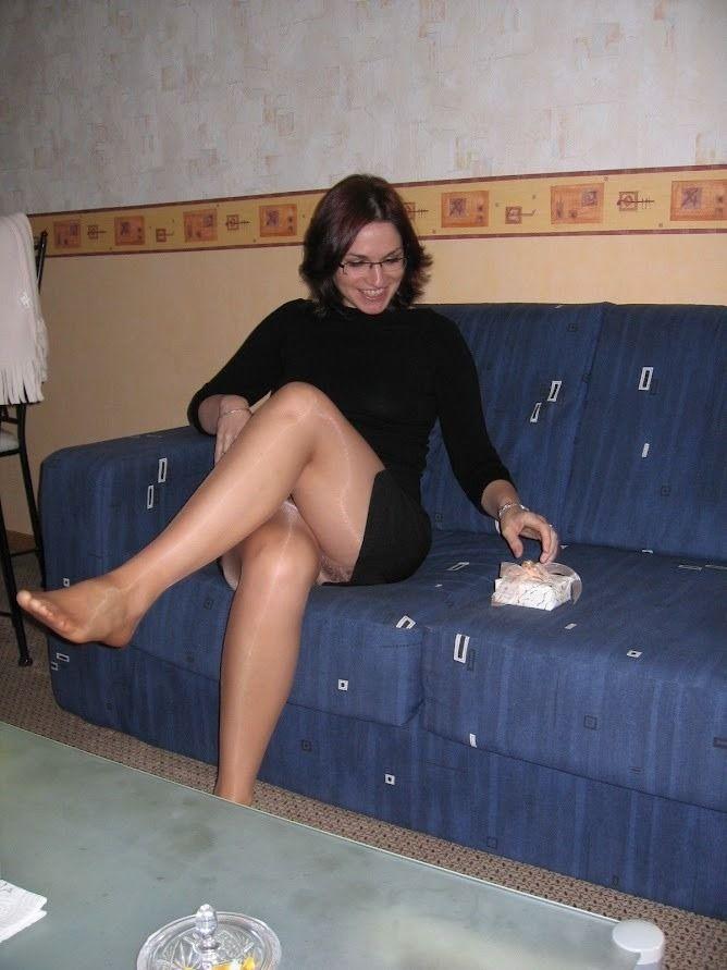 Ad matures collants jambes modèles
