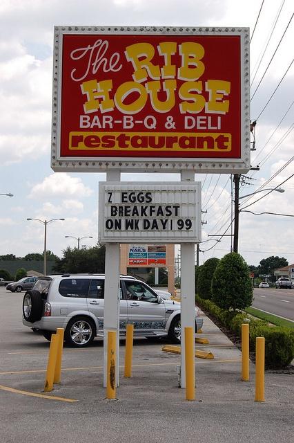 The Rib House Sign... Lakeland, Florida