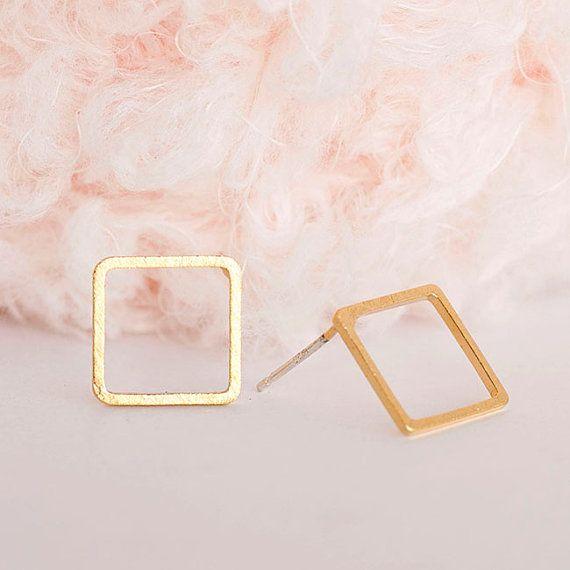 Minimalistic Tiny Square Hollow Stud Earrings 18k by MinimalMeow