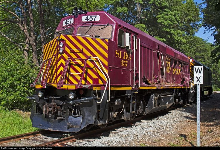 RailPictures.Net Photo: SLRG 457 Piedmont and Northern Railway EMD F40PH at Gastonia, North Carolina by Justin Smathers