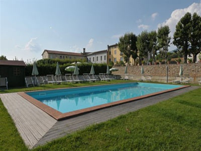 Luxury Villa Duchessa standing  on the country side of the Lucca hills, surrounded by olive groves and vineyards is ideal for banquets, conference and meetings. http://www.ciaoitalyvillas.com/tuscany-vacation-rentals/lucca/lucca-villas/10570